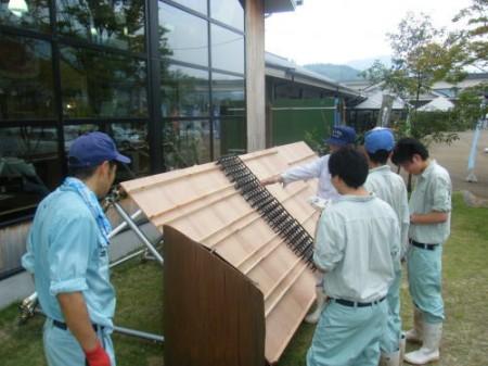 飾りつけは玖珠農業高校生の担当です。どんなものができるのかな?